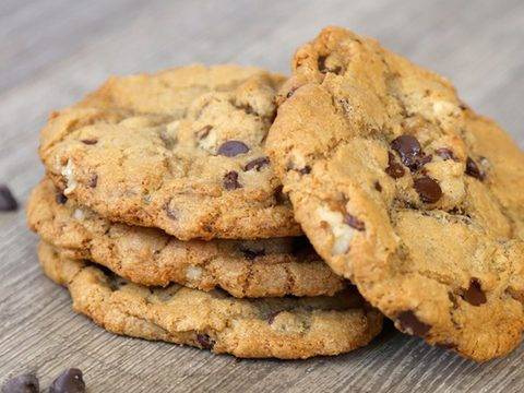Walnut chocolate chip cookie pack of 6